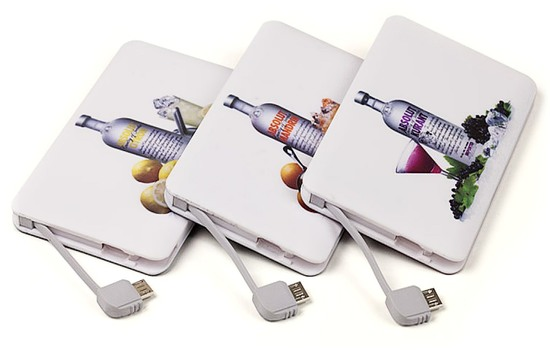 Credit-Card-Power-Bank-5_550x350